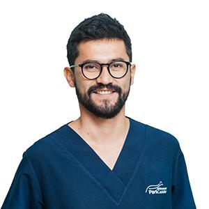 Dr. Diego Agatón