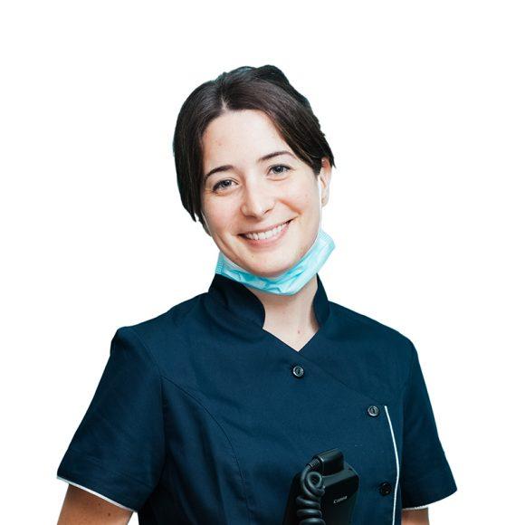 Dra. Lara Penalva